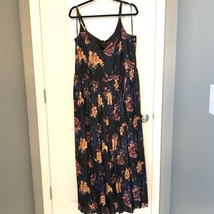 Amazing Jumpsuit!! Navy with a floral pattern